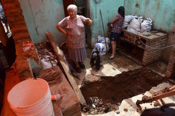 #ElSolEnGráficas    Sismo dañó hornos de pan; principal actividad económica en San Miguel Tecomatlán