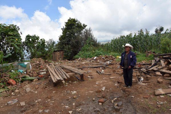 Don Palemón perdió su casa tras sismo; pide ayuda