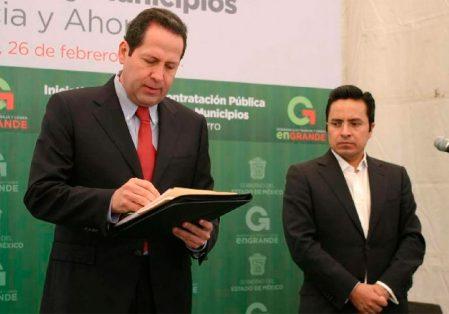 Notifican a notarios nombrados por Eruviel Ávila la suspensión de sus actividades