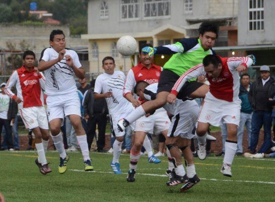 Alistan torneo en la liga Santiago Tlaxomulco