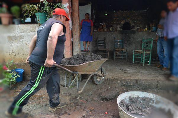 Urge ayuda en Tecomatlán; el temblor acabó con su principal actividad económica