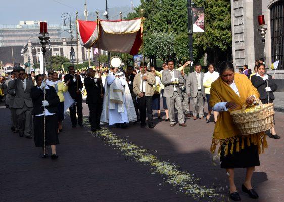 [Galería] Realizan procesión por el Santo Jubileo en San Cristóbal Huichochitlán