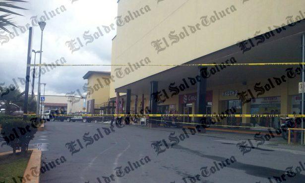 Accidente de trabajo deja un muerto y un lesionado en Metepec