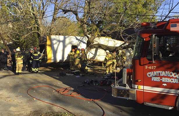 Choca autobús escolar en Tennesse; reportan 6 muertos