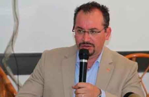 Renuncian PAN, PRD y MC a financiamiento, piden solidaridad a empresarios