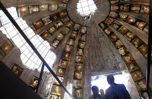 Convierten túnel antinuclear en museo de víctimas del comunismo