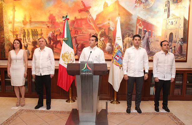 Nombra gobernador de Campeche a nueva contralora