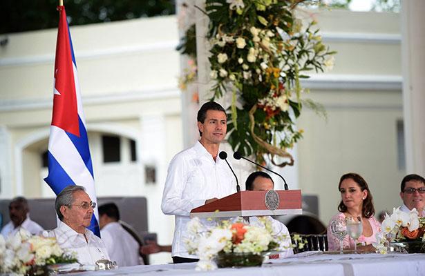 Confirman asistencia de Peña Nieto a funerales de Fidel Castro