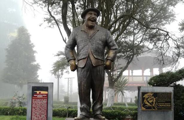 Estatua de Capulina en Chignahuapan