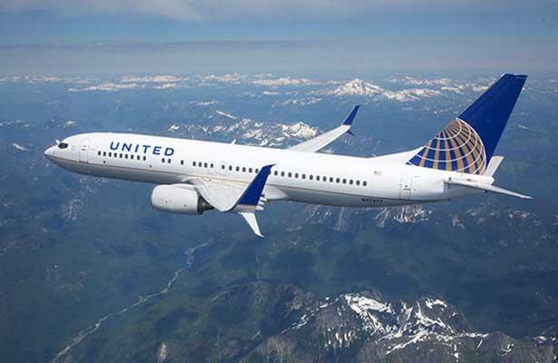 Director ejecutivo de United Airlines viajará a China para reducir tensiones