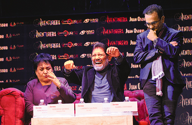 Juan Osorio planea serie sobre Carmen Salinas y Ángeles Azules