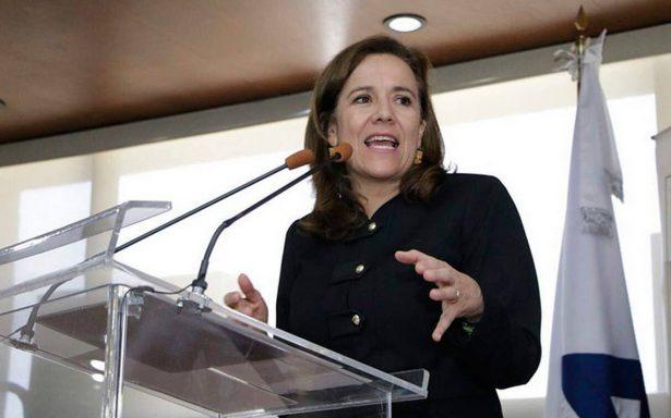 """Margarita Zavala pide donativos a integrantes de Concanaco-Servytur, """"les daré su recibo"""""""