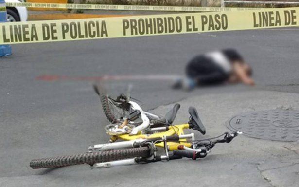 Ciclista muere arrollado por un tráiler en Iztapalapa