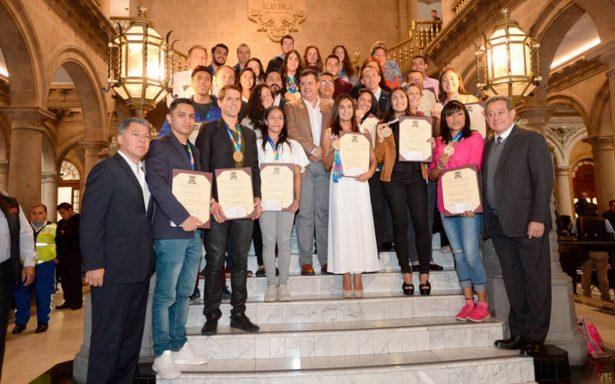 Gobierno de la Ciudad de México premia a medallistas de Barranquilla 2018