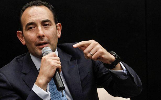 Roberto Gil Zuarth se despide del Senado pero no del PAN