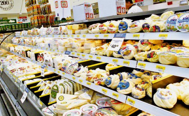 Senasica determinó suspender importación de lácteos de Colombia
