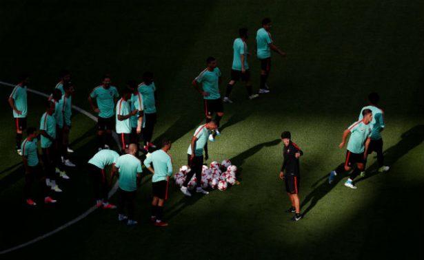 Portugal jugará ante México con brazalete negro por víctimas de incendio