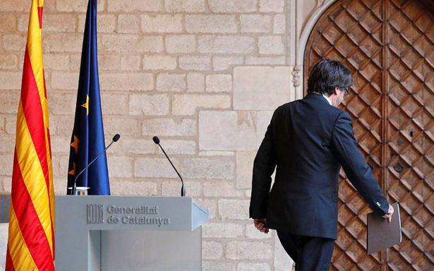 Puigdemont descarta comicios en Cataluña y deja al Parlamento decisión sobre independencia