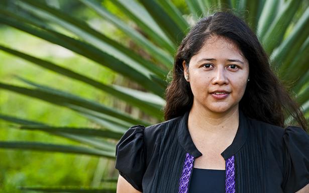 Maritza Morales presenta HUNAB