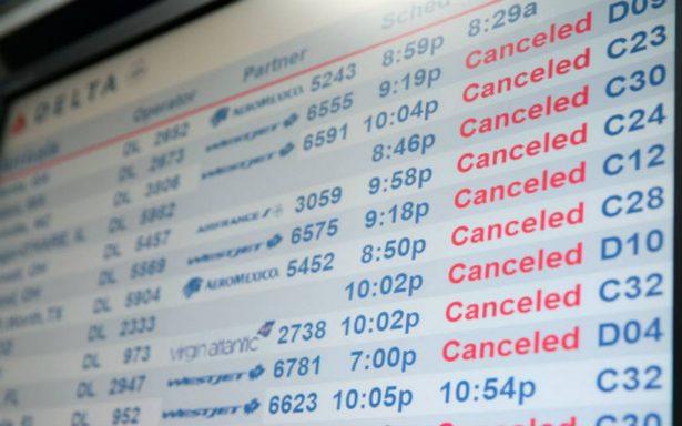 Cancelan más de mil vuelos en EU por ciclón invernal