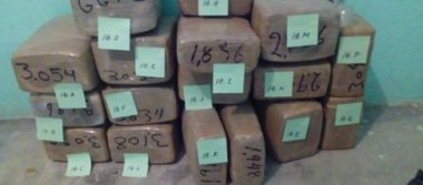 Drogas, metralletas y autos tras decomiso en Morelos