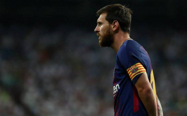 Messi continúa en Barcelona, su padre firmó el contrato: Bartomeu