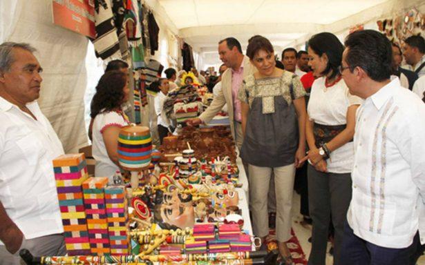 Inauguran exposición artesanal en Tlaxcala
