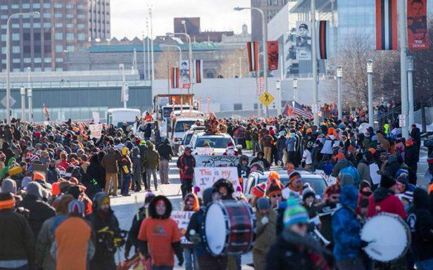 Fans de los Browns de Cleveland protestan por la peor marca en la NFL