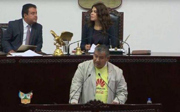 'Ganó papá' Diputado sesiona en Congreso con ¡la playera del América!