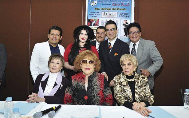 Manuel El loco Valdés será galardonado en los Premios Bravo