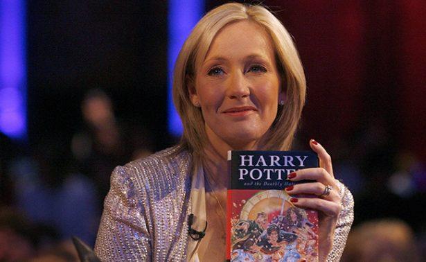 """J.K. Rowling se disculpa con Trump por decirle """"horrible"""""""