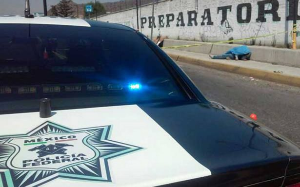 Tras intento de asalto en la México-Puebla, pasajero se enfrenta a ladrones y mueren