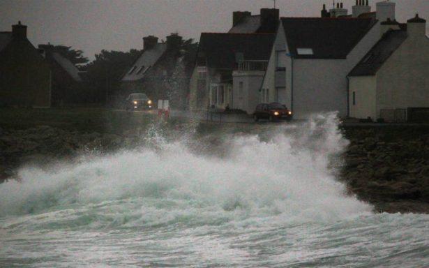 Caos en Europa por tormenta Eleanor: Hay tres muertos y deja sin luz a miles