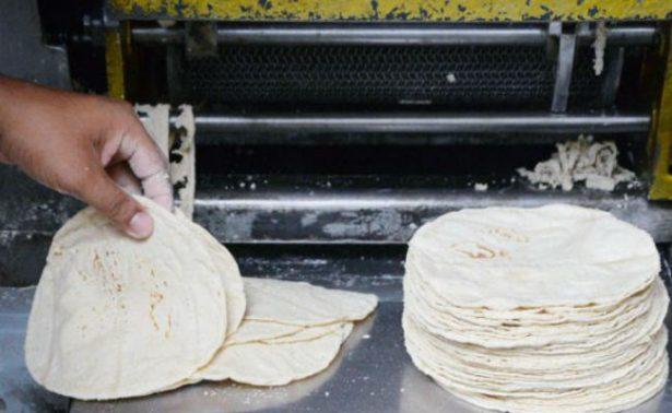 """Acusan venta de """"tortilla pirata"""" en Morelos"""