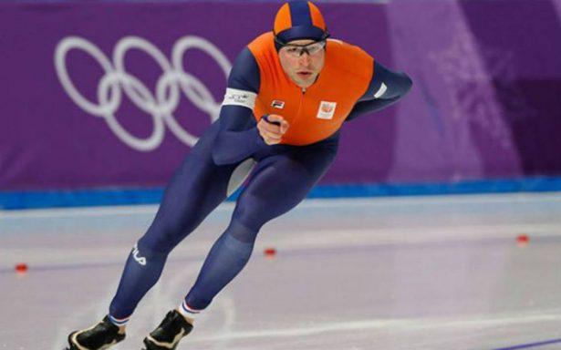 Holandés Sven Kramer se convierte en tricampeón olímpico