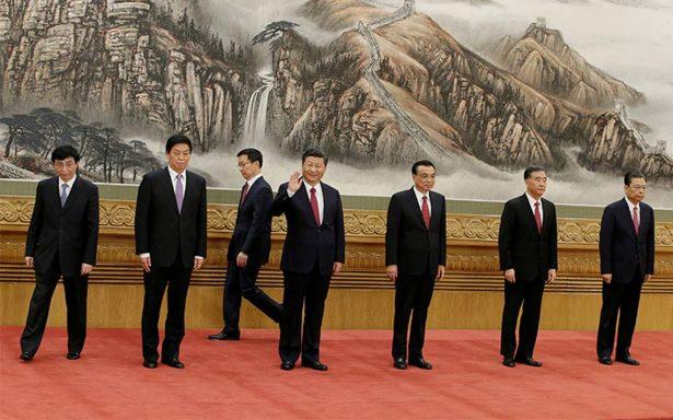 El presidente Xi Jinping, sin un posible sucesor a la vista