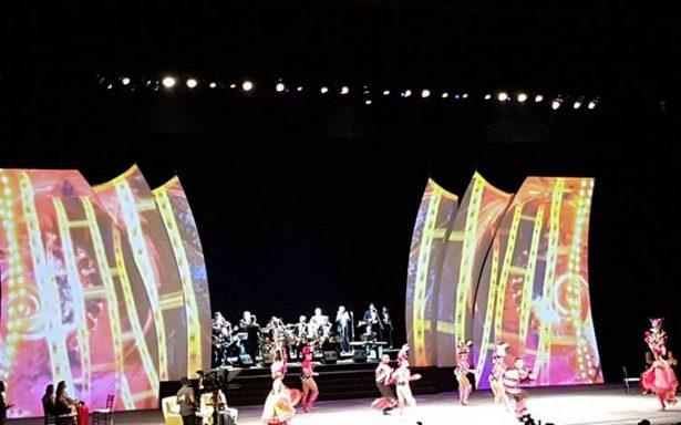 Noche de cabaret en la inauguración del Festival Internacional de Cine en Guadalajara