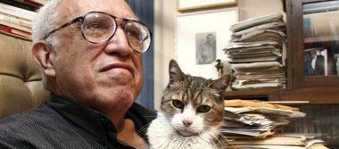 El escritor mexicano Carlos Monsiváis sonará en parodias musicales