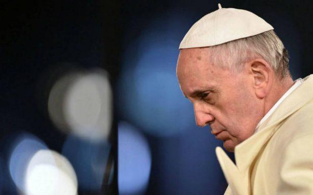 Papa busca impulsar desarme nuclear junto a referentes de la paz
