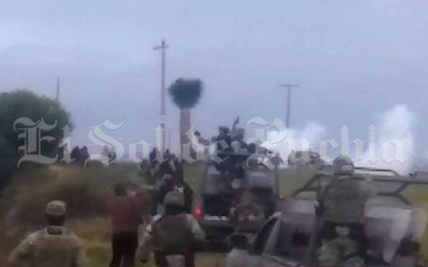 [Video] Se enfrentan militares contra asaltantes de trenes de Ferrosur en Puebla