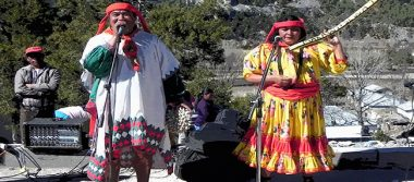Dueto indígena da a conocer su disco en rarámuri