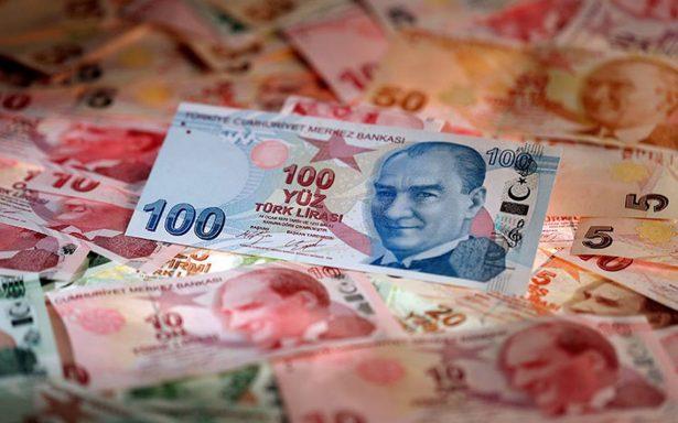 Turquía contraataca y duplica aranceles en autos, alcohol y tabaco de EU