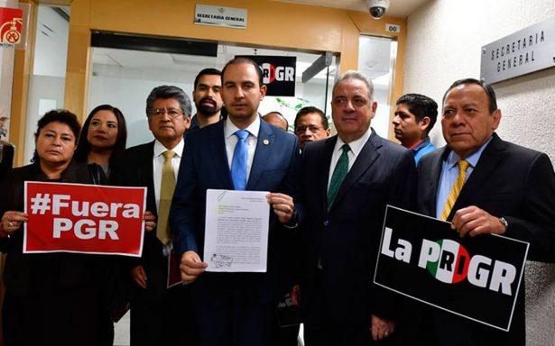 """Frente opositor pide juicio político contra Elías Beltrán por """"uso faccioso"""" de la PGR"""