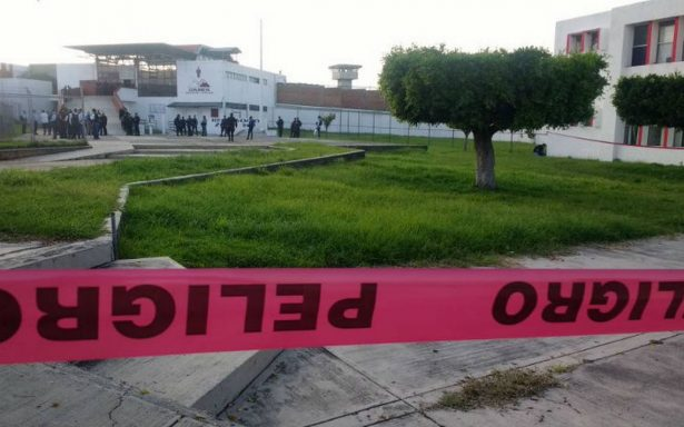 Riña dentro del penal de Ciudad Guzmán, deja tres muertos