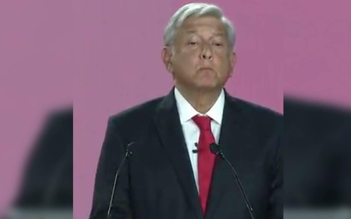 Astronauta Rodolfo Neri pide a jóvenes darle una oportunidad de López Obrador