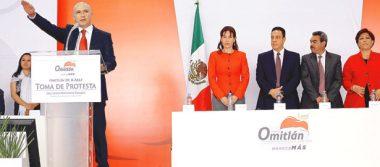 Rinde protesta nuevo alcalde de Omitlán