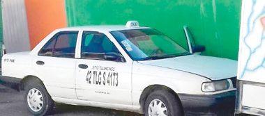 Encuentran taxi robado en asalto