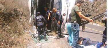 33 lesionados, autobús nunca llegó a su destino