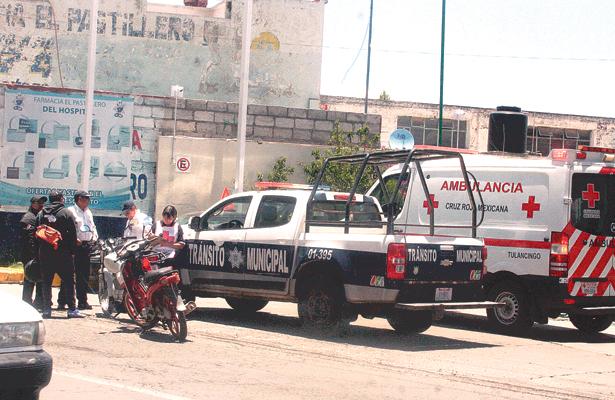 Singular choque entre motocicletas: un herido