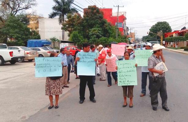 Defraudaron a 683 maestros jubilados